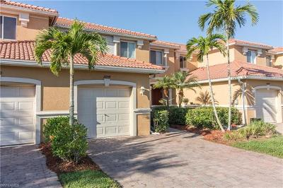Fort Myers Condo/Townhouse For Sale: 10048 Chiana Cir