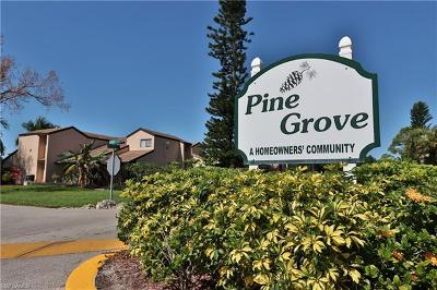 Fort Myers Condo/Townhouse For Sale: 7165 Kola Ter #36