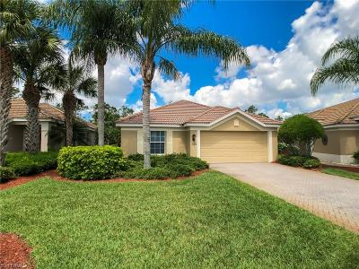 Fort Myers Single Family Home For Sale: 10086 Oakhurst Way