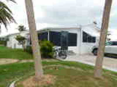 Fort Myers Mobile/Manufactured For Sale: 19681 Summerlin Rd #352