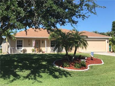 Cape Coral Single Family Home For Sale: 508 SW 10th Pl