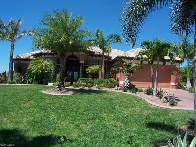 Cape Coral Single Family Home For Sale: 1627 NW 17th St