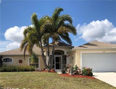 Cape Coral Single Family Home For Sale: 1714 NW 7th Pl