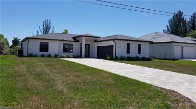 Cape Coral Single Family Home For Sale: 920 SW 36th Ter