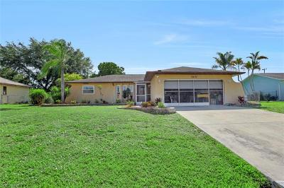 Cape Coral Single Family Home For Sale: 2407 SE 8th Ave