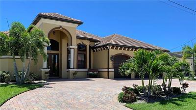 Cape Coral Single Family Home For Sale: 2810 SW 44th Ter