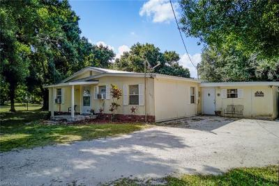 Labelle Single Family Home For Sale: 247 Whidden Rd