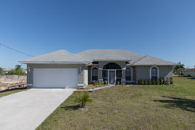 Lehigh Acres FL Single Family Home For Sale: $249,900