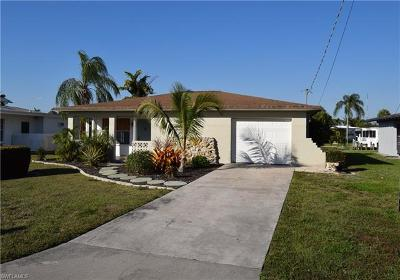 Fort Myers Beach Single Family Home For Sale: 17771 Rebecca Ave