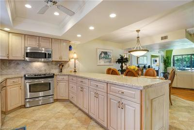 The Landings, Steamboat Bend, Steamboat Bend East, Windjammer Village At The Land, Trawler Village, Sunset Cove At The Landings, Ariel, Flagship Village, Sunset Cove, Longboat Village, Clipper Cove, Harbortown, Riverside Yacht Club Condo/Townhouse For Sale: 4581 Trawler Ct #201