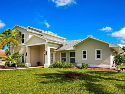 Cape Coral Single Family Home For Sale: 1223 SW 53rd St