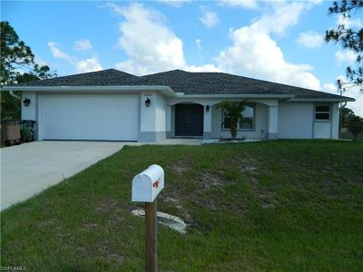 Lehigh Acres Single Family Home For Sale: 3204 30th St W
