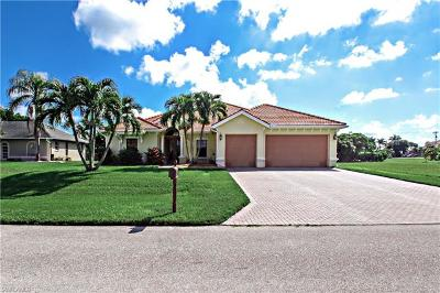 Cape Coral Single Family Home For Sale: 3937 SW 25th Pl