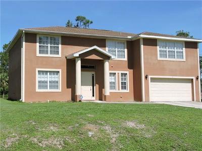 Lehigh Acres Single Family Home For Sale: 9 Wellington Ave