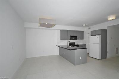 Cape Coral, Fort Myers, Fort Myers Beach, Estero, Bonita Springs, Naples, Sanibel, Captiva Condo/Townhouse For Sale: 6490 Aragon Way #104
