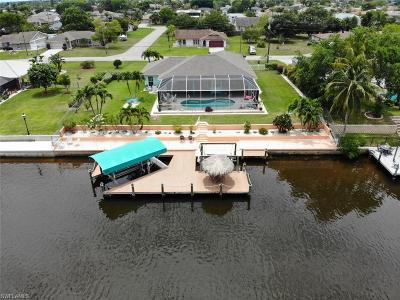 Cape Coral Single Family Home For Sale: 1217 SE 13th St