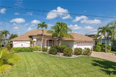 Cape Coral Single Family Home For Sale: 1106 SE 20th Pl
