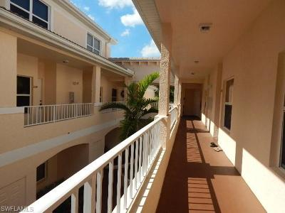 Naples Condo/Townhouse For Sale: 1044 Woodshire Ln #B203