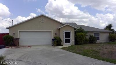 Lehigh Acres Single Family Home For Sale: 4544 Golfview Blvd #46