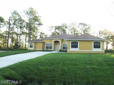 Lehigh Acres Single Family Home For Sale: 914 Edison Ave
