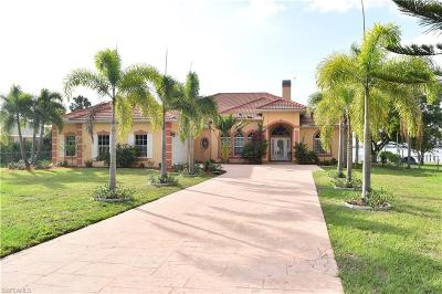 Fort Myers Single Family Home For Sale: 4041 E River Dr