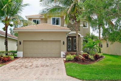 Fort Myers Single Family Home For Sale: 8598 Sumner Ave