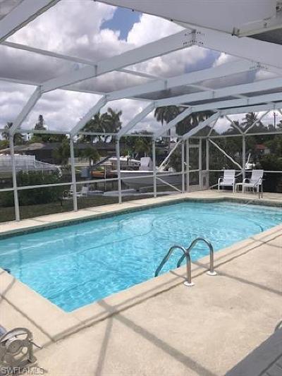 Cape Coral Single Family Home For Sale: 5310 Del Monte Ct