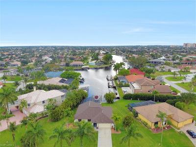 Cape Coral Single Family Home For Sale: 5237 SW 24th Ave