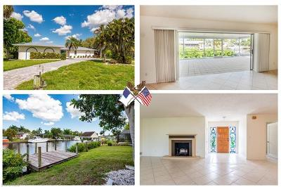 North Fort Myers Single Family Home For Sale: 2166 Cape Way