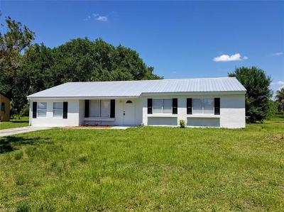 Hendry County Single Family Home For Sale: 4053 N Edgewater Cir