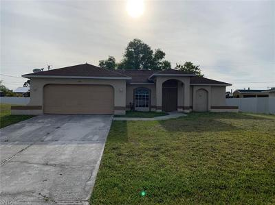 Cape Coral Single Family Home For Sale: 105 NE 5th Ave
