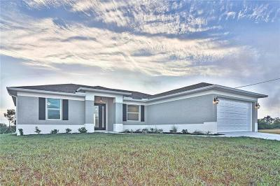 Cape Coral Single Family Home For Sale: 1703 NW 26th St