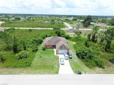 Lehigh Acres Single Family Home For Sale: 112 Pearson St
