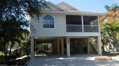 Pine Island Center, Pineland Single Family Home For Sale: 7663 Myrsine Cir