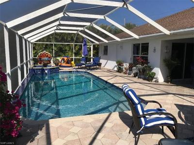 Cape Coral Single Family Home For Sale: 2710 Surfside Blvd