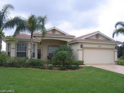 Lehigh Acres Single Family Home For Sale: 4759 Lambeth Ct