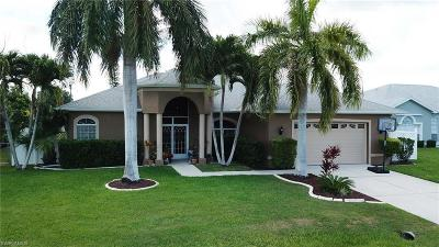 Cape Coral Single Family Home For Sale: 301 SE 31st St