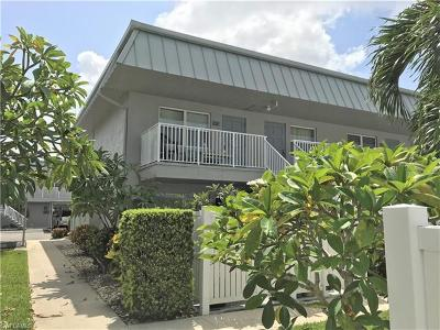 Fort Myers Condo/Townhouse For Sale: 6777 Winkler Rd #228