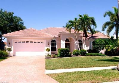 Cape Coral Single Family Home For Sale: 2301 Sagramore Pl