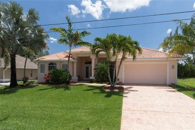 Cape Coral Single Family Home For Sale: 3905 SW 20th Ave