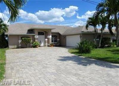 Cape Coral Single Family Home For Sale: 1117 SE 20th Ct