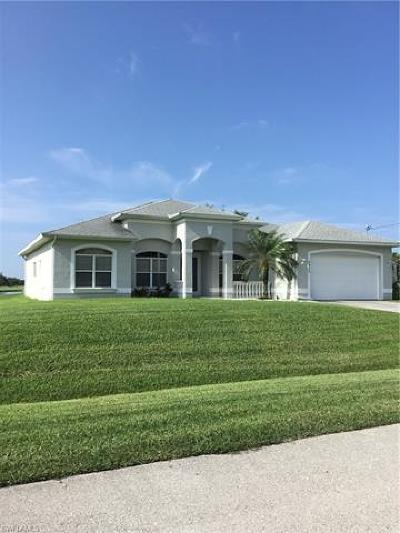 Cape Coral Single Family Home For Sale: 2920 NW 17th Ter