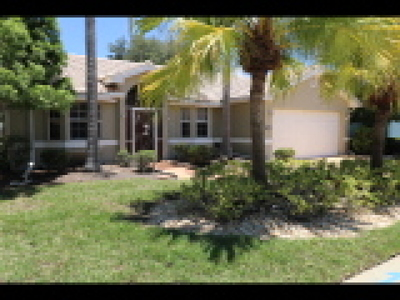 North Fort Myers Single Family Home For Sale: 2001 Corona Del Sire Dr