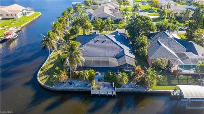 Cape Coral Single Family Home For Sale: 4542 SW 5th Ave