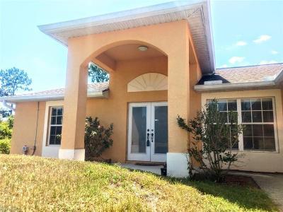 Lehigh Acres Single Family Home For Sale: 338 Bradley Ave