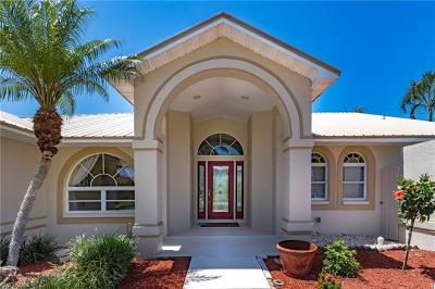 Cape Coral Single Family Home For Sale: 1222 SW 54th St