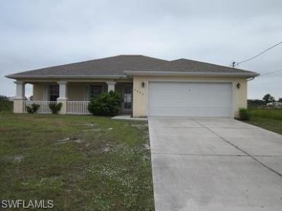 Lehigh Acres Single Family Home For Sale: 4606 Gene Ave S