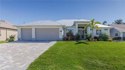 Cape Coral Single Family Home For Sale: 2706 SW 47th Ter