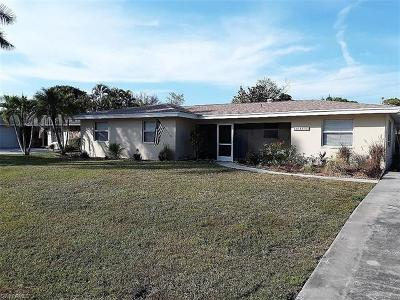 Fort Myers Single Family Home For Sale: 2455 Jasper Ave