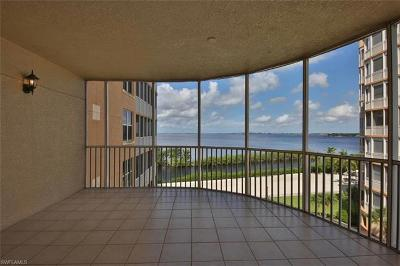 Fort Myers Condo/Townhouse For Sale: 14250 Royal Harbour Ct #613